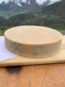 raclette (vache et chèvre)